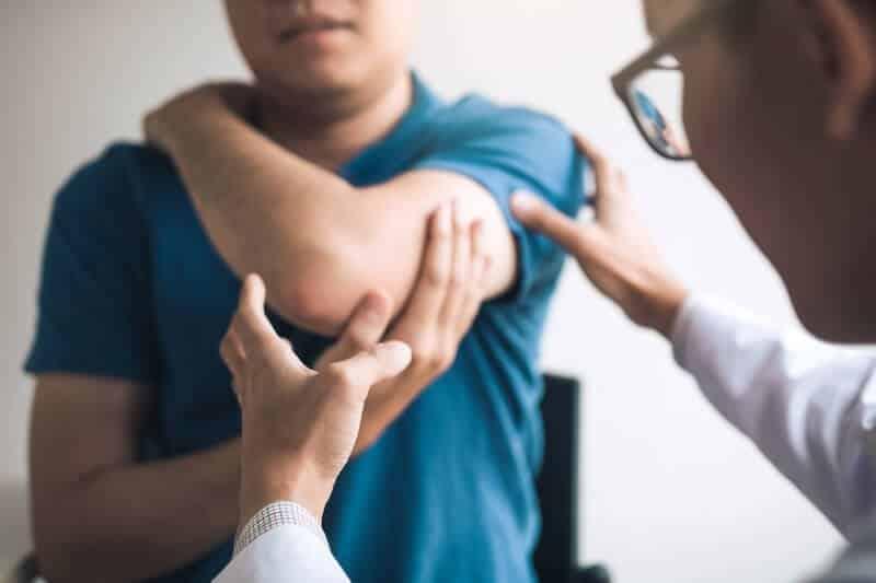 syndrome canal carpien symptomes et diagnostic - douleur canal carpien coude - canal carpien epicondylite du coude