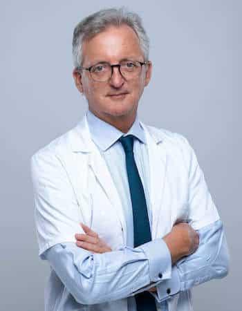 pr-éric-roulot-chirurgien-main-paris-16-spécialiste-opération-et-chirurgie-canal-carpien